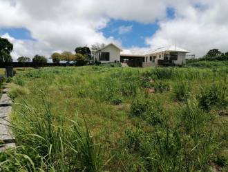 Land for sale in Mon Piton of 340 toises